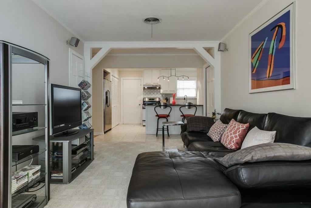 Sold Property   5730 Anita Street Dallas, Texas 75206 12