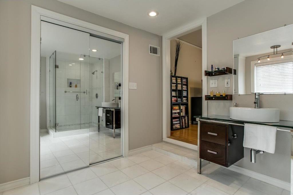 Sold Property   5730 Anita Street Dallas, Texas 75206 19