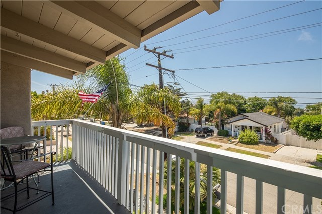 Closed   834 N Lucia Avenue #A Redondo Beach, CA 90277 23