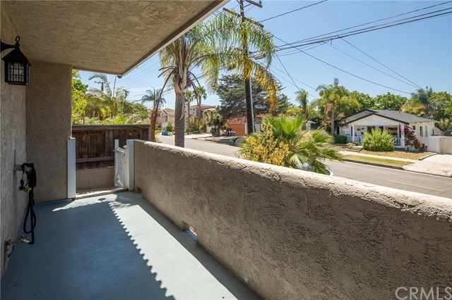 Closed   834 N Lucia Avenue #A Redondo Beach, CA 90277 24