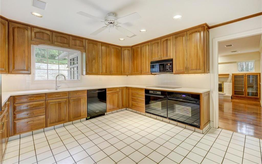 Sold Property | 1420 Yaupon Valley Road West Lake Hills, TX 78746 11
