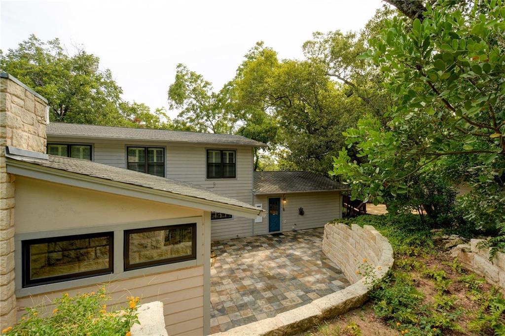 Sold Property | 1420 Yaupon Valley Road West Lake Hills, TX 78746 3
