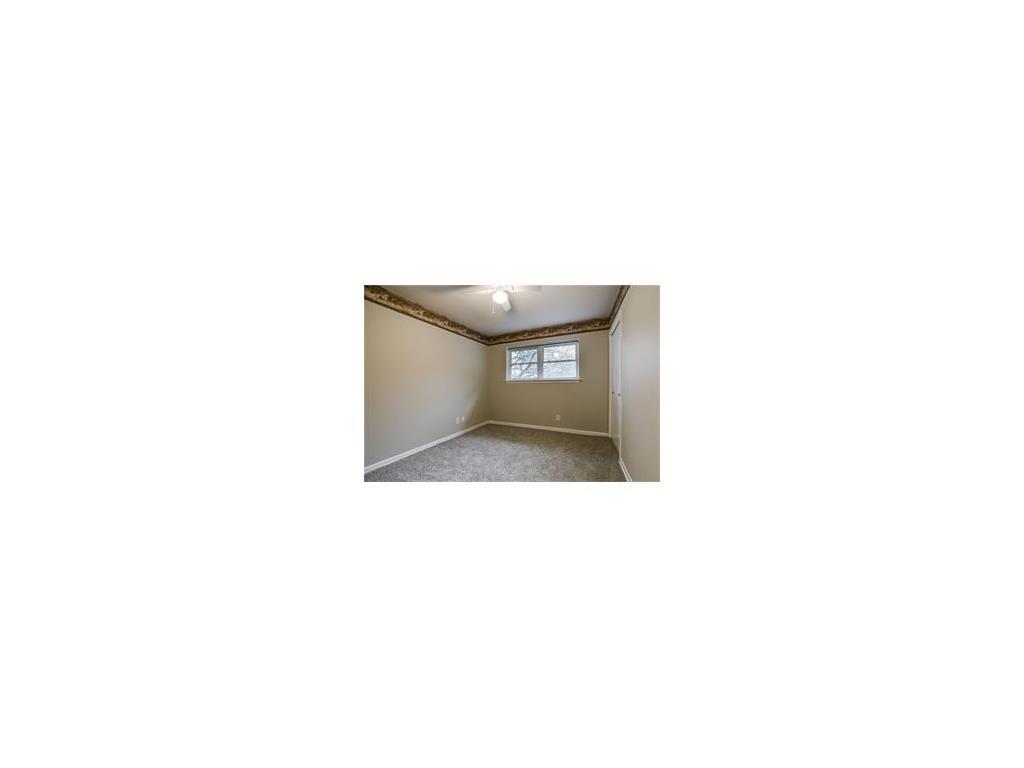 Sold Property   8028 Carrick Street Benbrook, Texas 76116 22