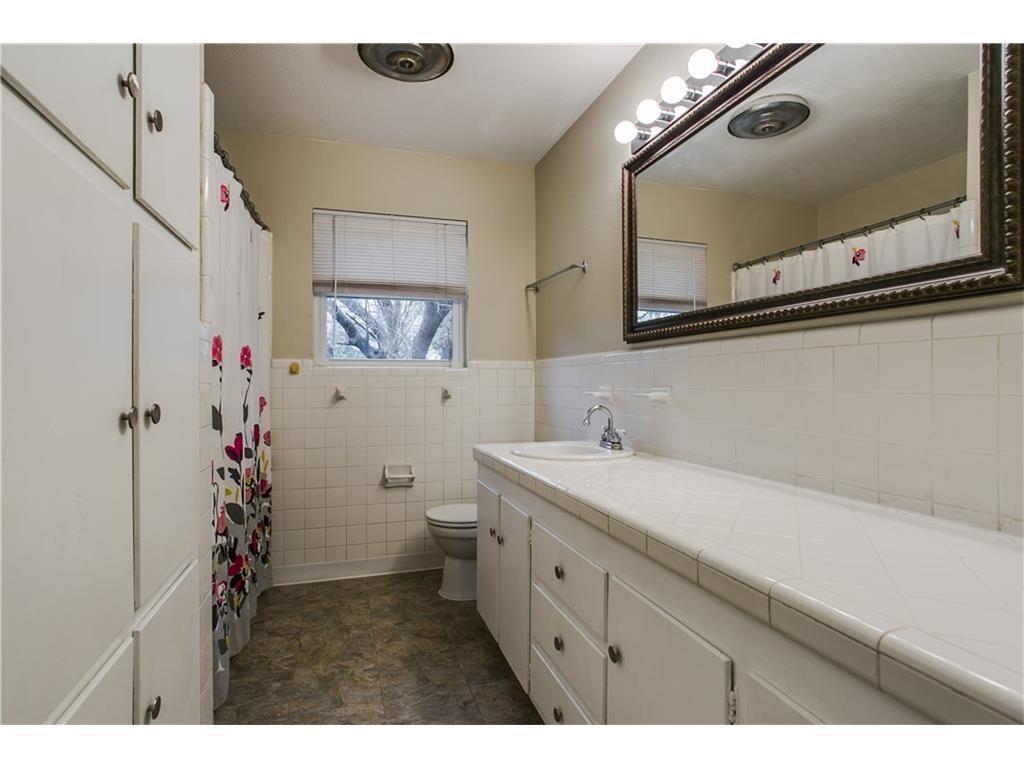 Sold Property   8028 Carrick Street Benbrook, Texas 76116 24
