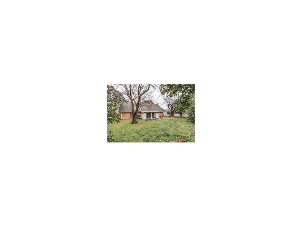 Sold Property   8028 Carrick Street Benbrook, Texas 76116 25