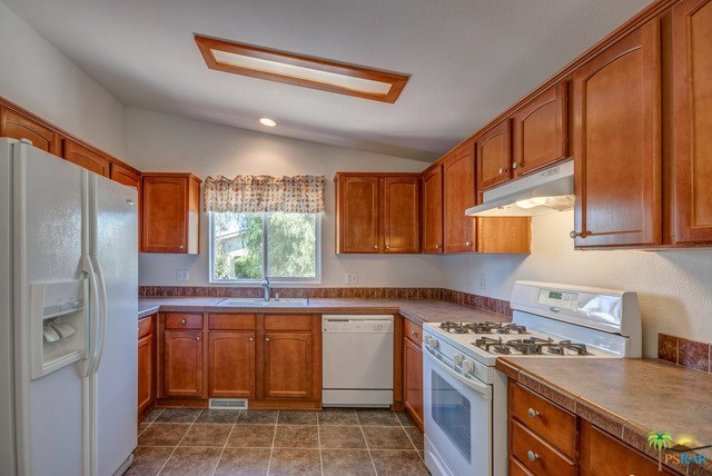 Closed | 56 SAND Cathedral City, CA 92234 1