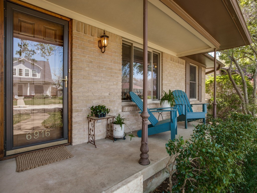 Sold Property | 6916 Santa Maria Lane Dallas, Texas 75214 2