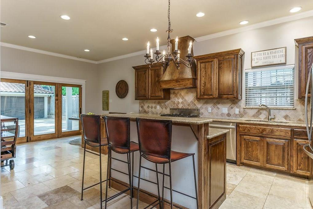 Sold Property | 3553 Bellaire Drive Fort Worth, TX 76109 6