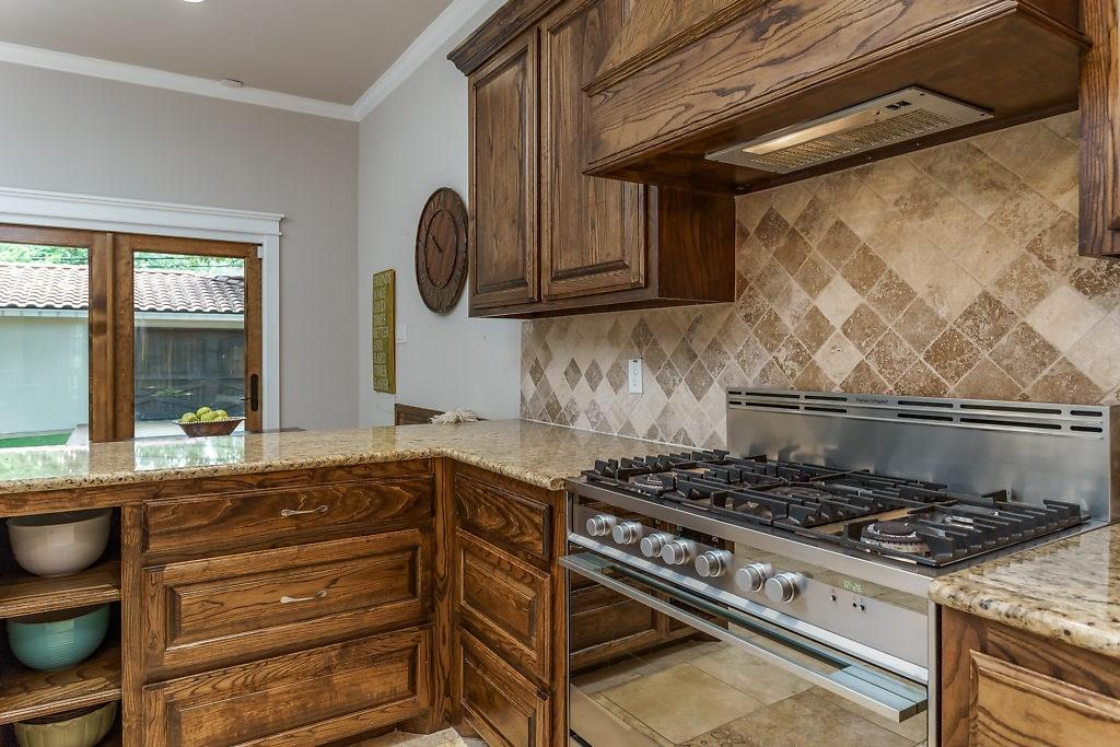 Sold Property | 3553 Bellaire Drive Fort Worth, TX 76109 8