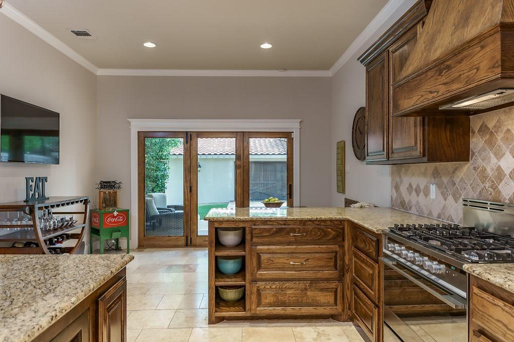 Sold Property | 3553 Bellaire Drive Fort Worth, TX 76109 9