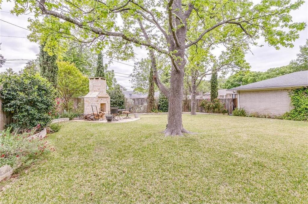 Sold Property | 10834 Scotspring Lane Dallas, Texas 75218 2