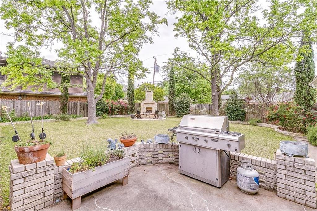 Sold Property | 10834 Scotspring Lane Dallas, Texas 75218 4