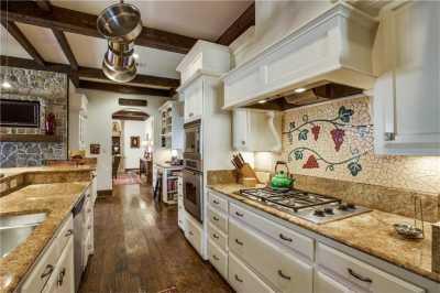 Sold Property | 6832 Avalon Avenue 9