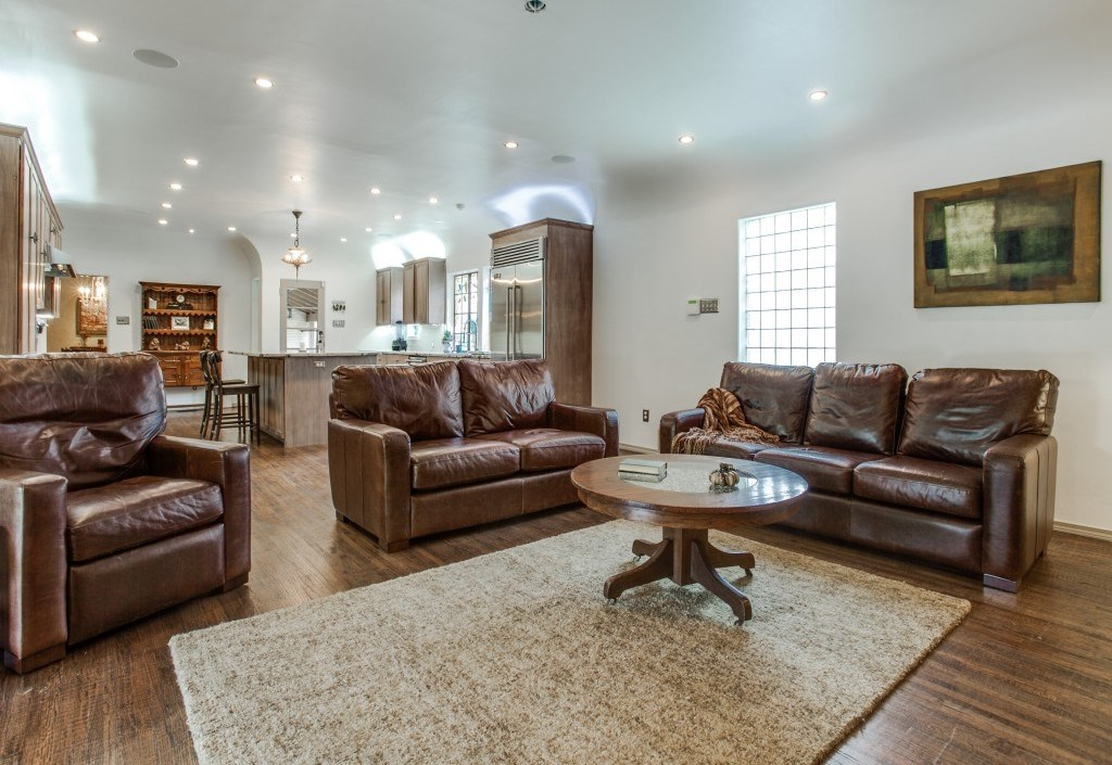 Sold Property | 7035 Lakewood Boulevard Dallas, Texas 75214 14