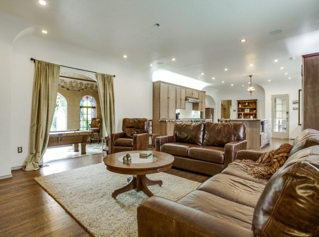 Sold Property | 7035 Lakewood Boulevard Dallas, Texas 75214 15