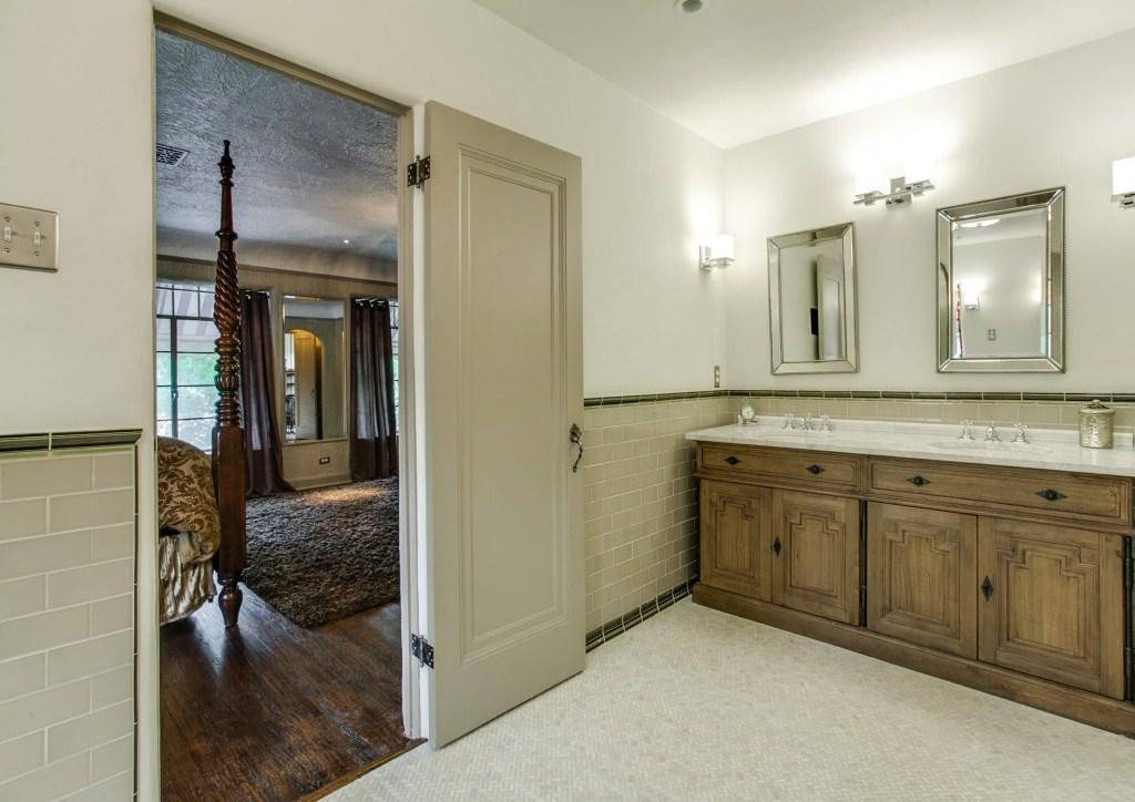 Sold Property | 7035 Lakewood Boulevard Dallas, Texas 75214 17