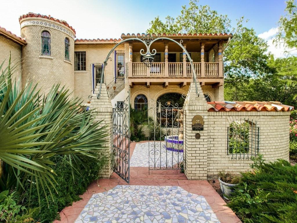 Sold Property | 7035 Lakewood Boulevard Dallas, Texas 75214 2