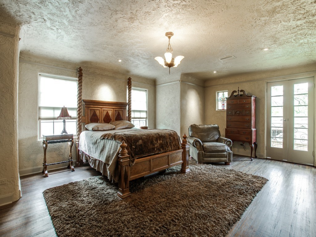 Sold Property | 7035 Lakewood Boulevard Dallas, Texas 75214 21