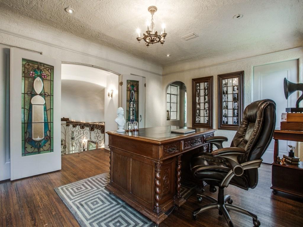 Sold Property | 7035 Lakewood Boulevard Dallas, Texas 75214 24