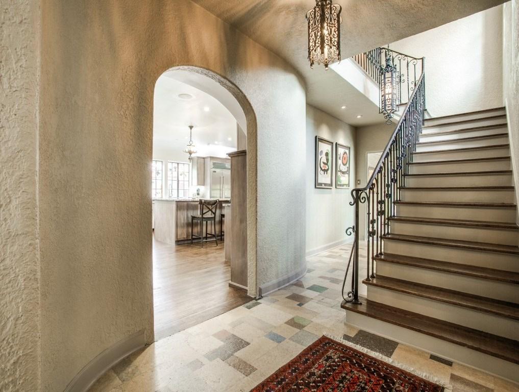 Sold Property | 7035 Lakewood Boulevard Dallas, Texas 75214 8