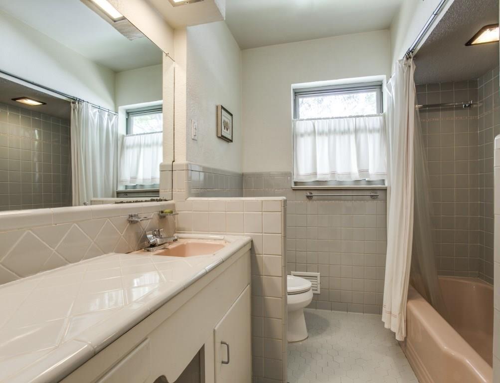 Sold Property | 6875 Avalon Avenue Dallas, Texas 75214 19