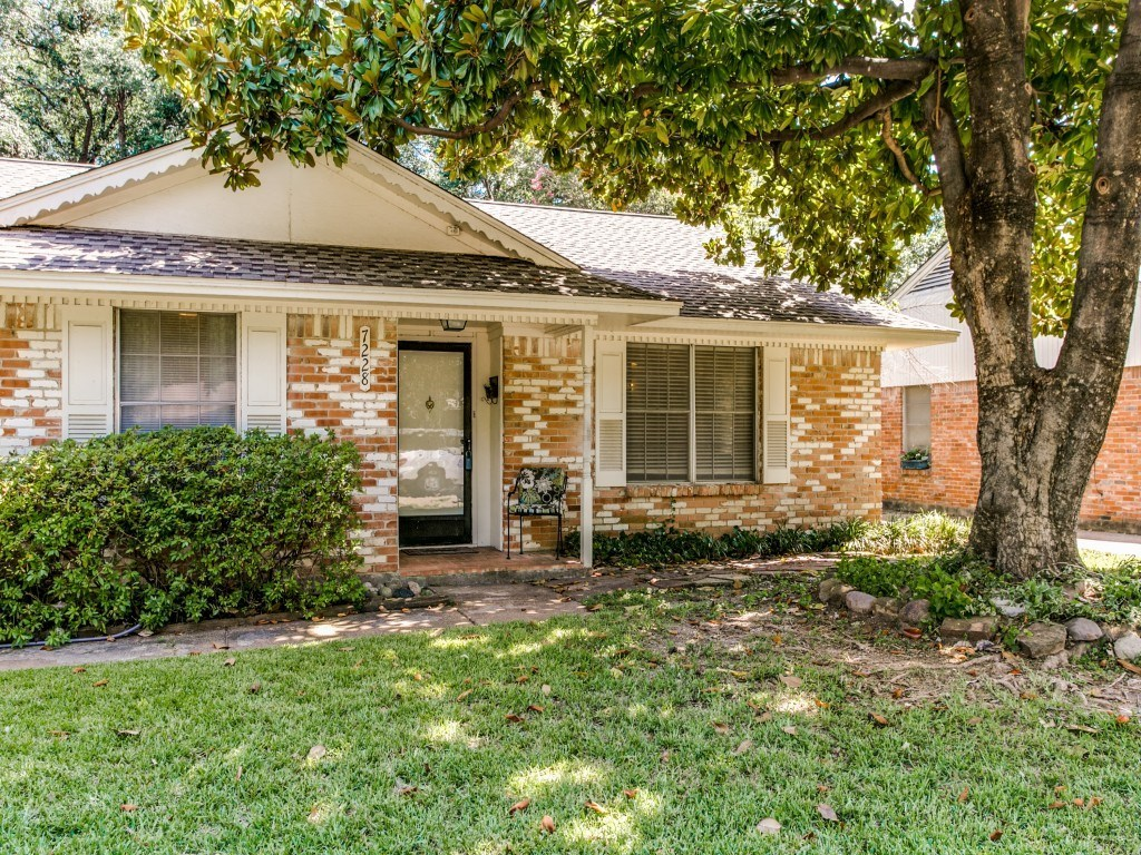 Sold Property | 7228 Syracuse Drive Dallas, Texas 75214 1
