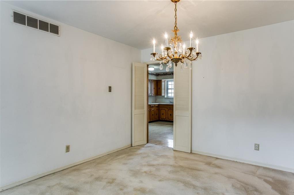 Sold Property | 7911 Hillfawn Circle Dallas, Texas 75248 13