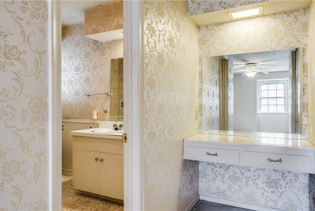 Sold Property | 7911 Hillfawn Circle Dallas, Texas 75248 17