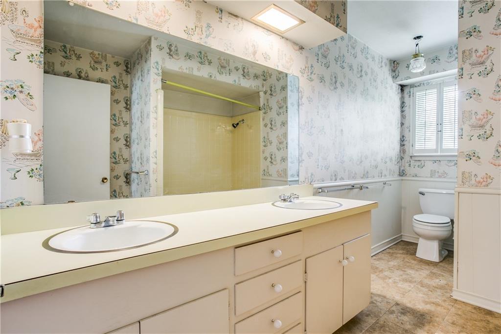 Sold Property | 7911 Hillfawn Circle Dallas, Texas 75248 20