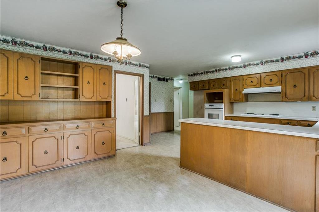 Sold Property | 7911 Hillfawn Circle Dallas, Texas 75248 8