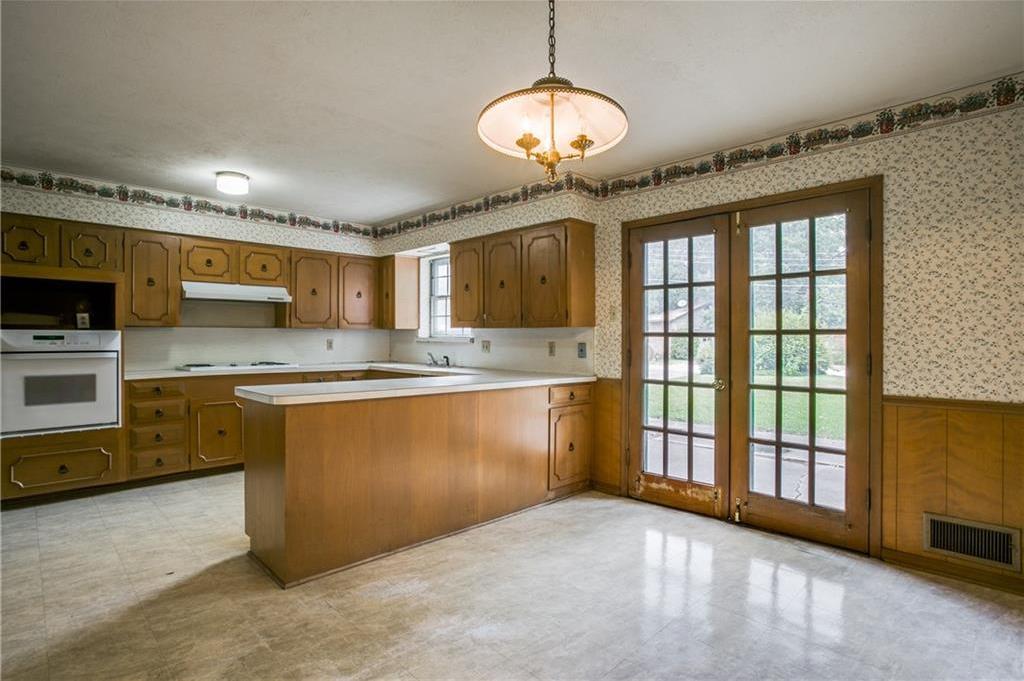 Sold Property | 7911 Hillfawn Circle Dallas, Texas 75248 9
