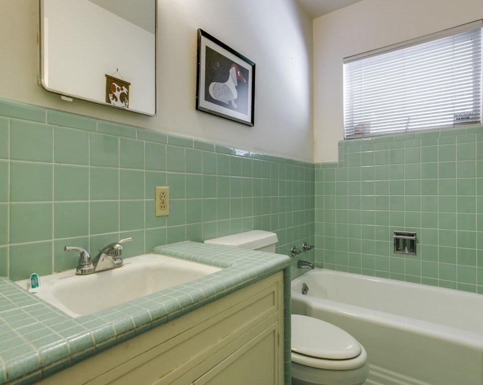 Sold Property | 7210 Twin Tree Lane Dallas, Texas 75214 20