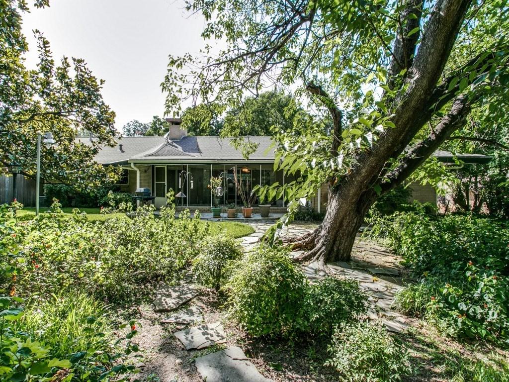Sold Property | 7210 Twin Tree Lane Dallas, Texas 75214 24