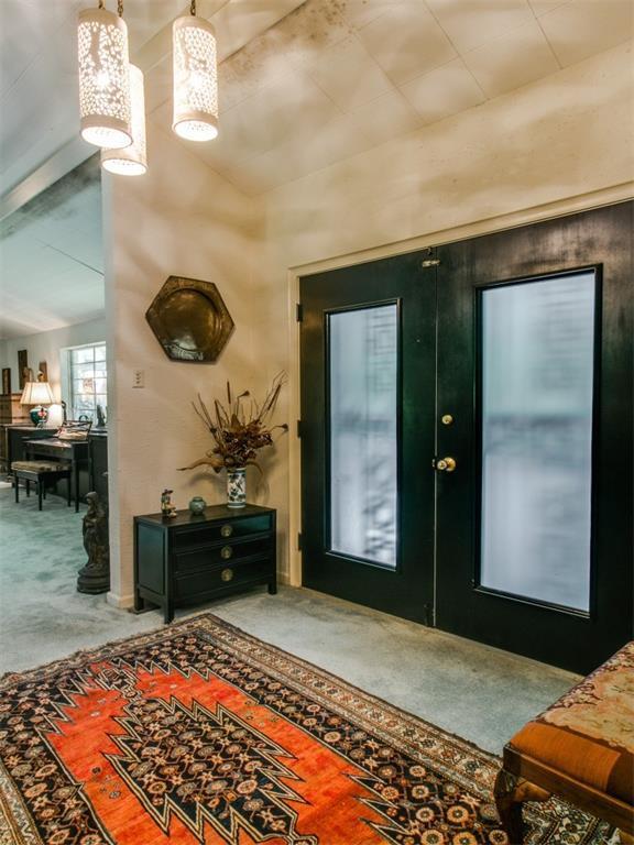 Sold Property | 7210 Twin Tree Lane Dallas, Texas 75214 3