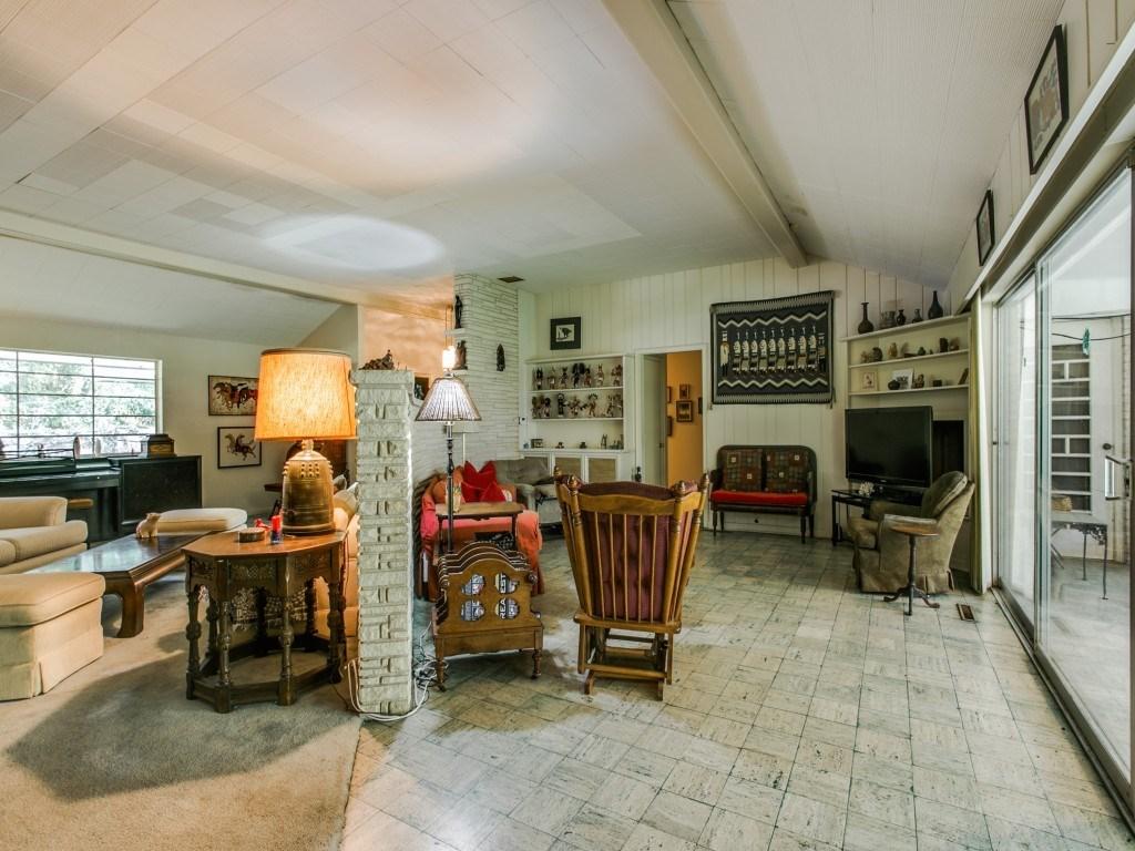 Sold Property | 7210 Twin Tree Lane Dallas, Texas 75214 8
