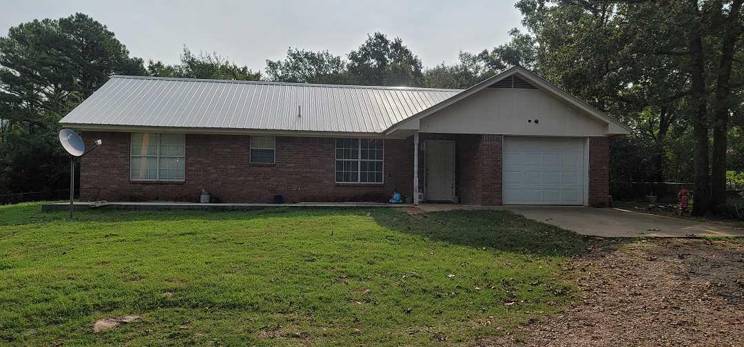 Pending   168588 N 4355 Rd / 9 Pine Rd Clayton, OK 74536 0