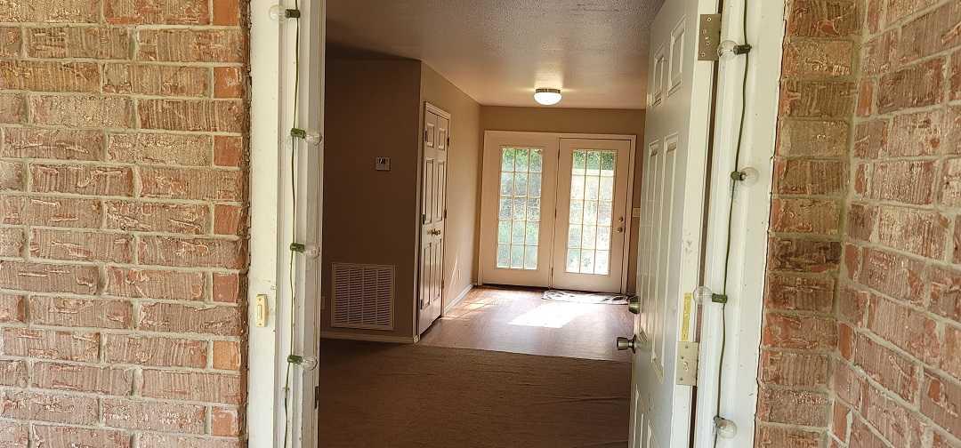 Pending   168588 N 4355 Rd / 9 Pine Rd Clayton, OK 74536 15