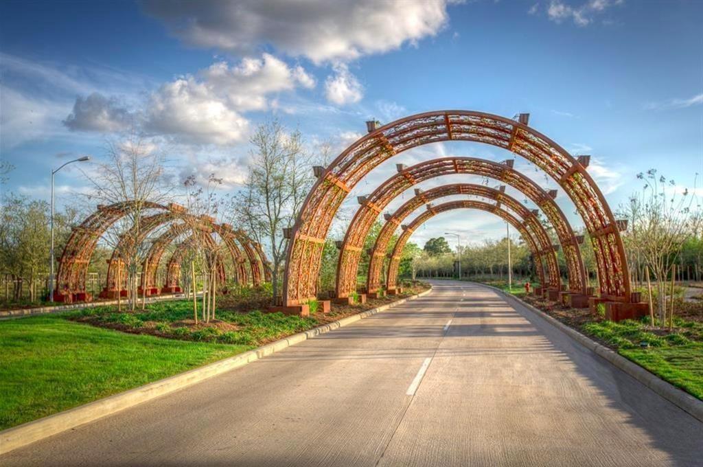 Active | 7019 Citrus Drive  Katy, TX 77493 24