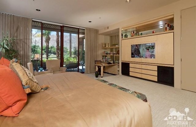 Closed   47211 Vintage Drive  #117 Indian Wells, CA 92210 9