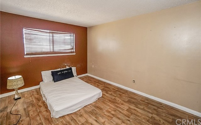 Active   1548 S Merrill Street Corona, CA 92882 21