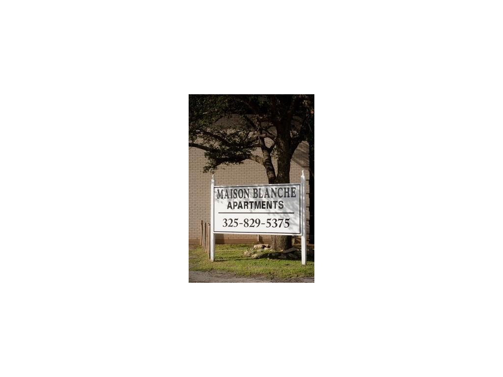Property for Rent | 2800 Sayles Boulevard Abilene, TX 79605 2