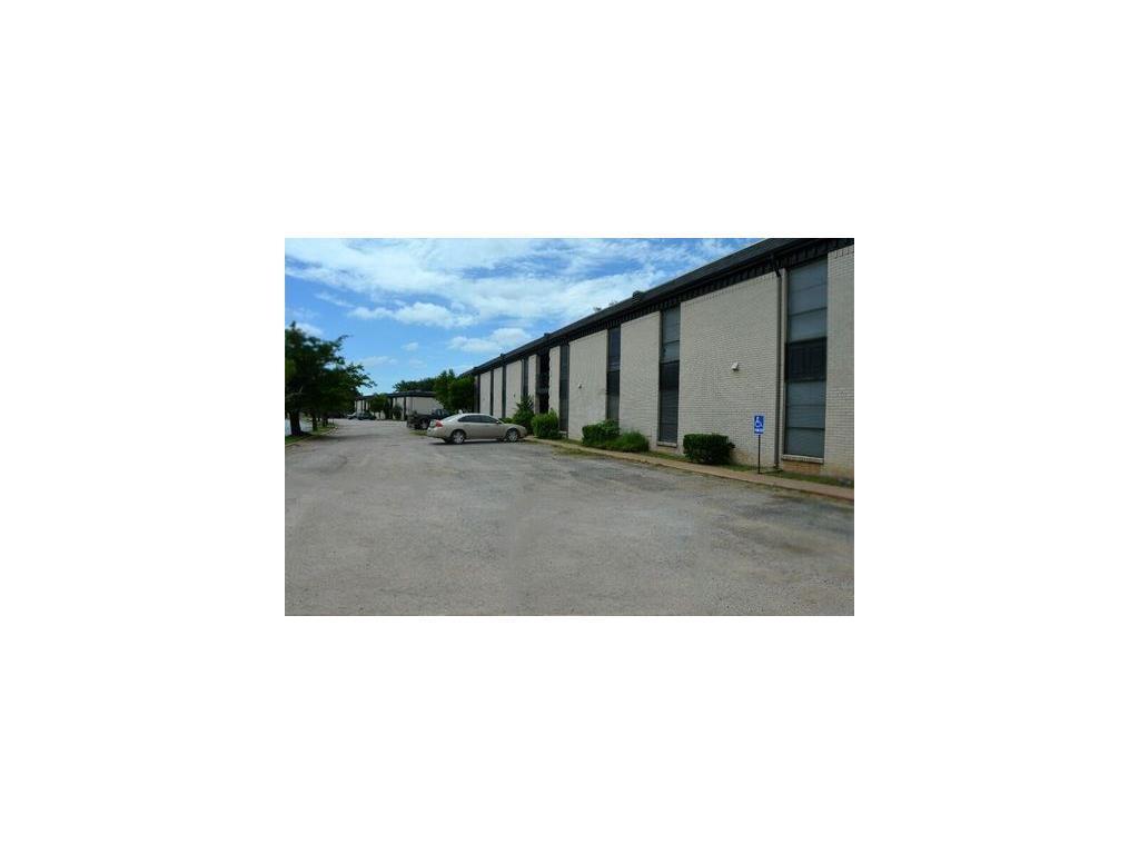 Property for Rent | 2800 Sayles Boulevard Abilene, TX 79605 3