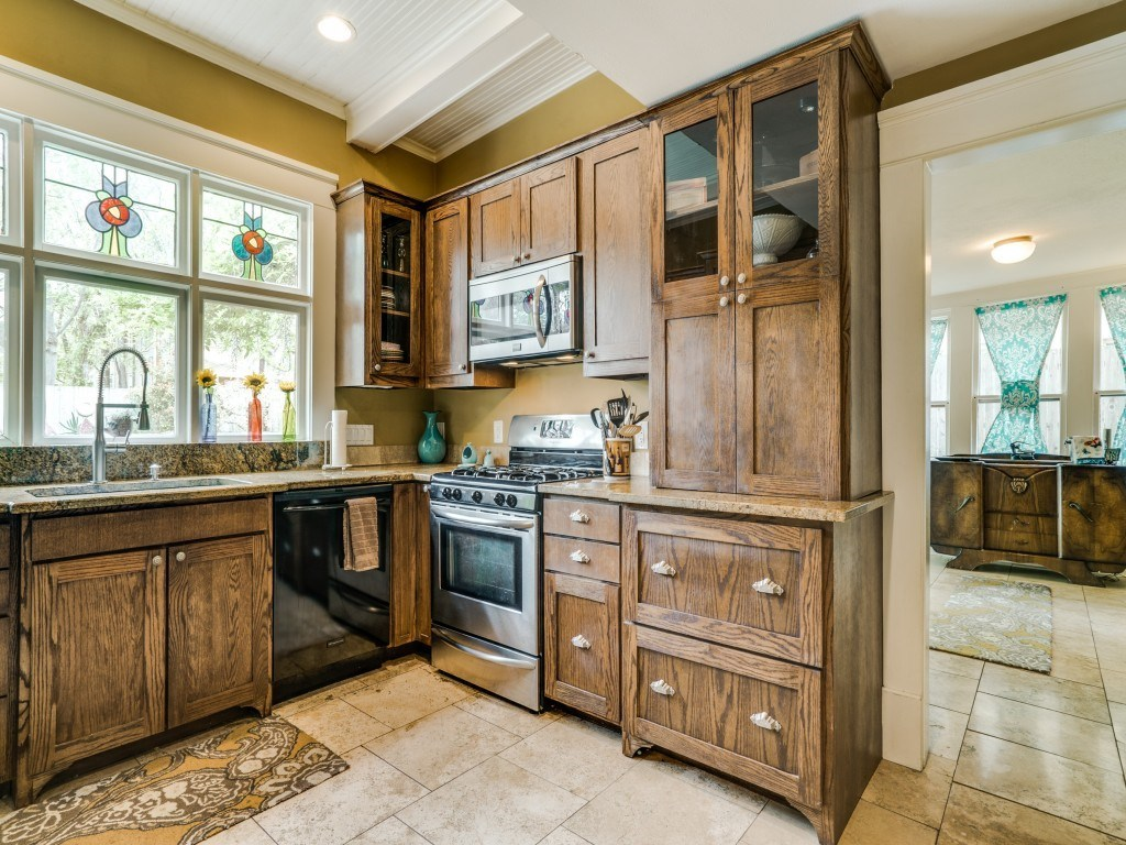 Sold Property | 4837 Tremont Street Dallas, Texas 75246 10