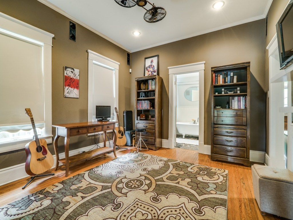 Sold Property | 4837 Tremont Street Dallas, Texas 75246 13