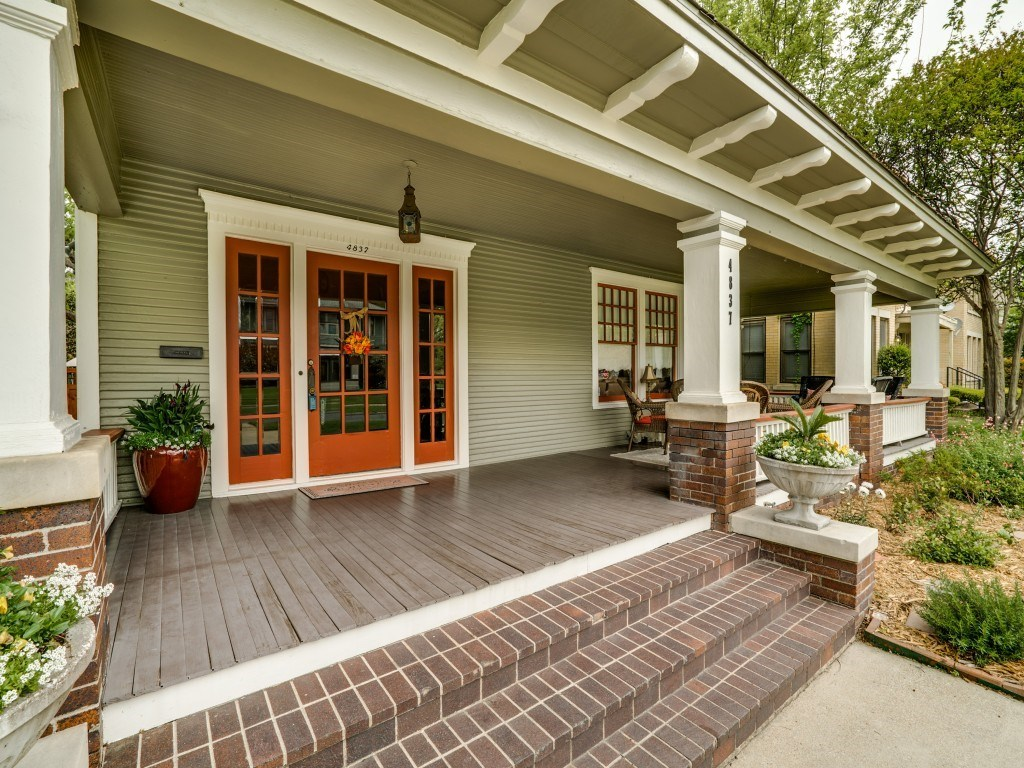 Sold Property | 4837 Tremont Street Dallas, Texas 75246 2