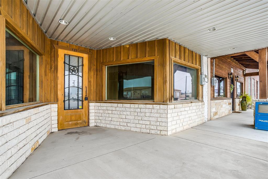 Active | 121 S Main Street Godley, TX 76044 1
