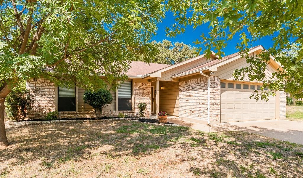 Sold Property | 2127 Reverchon Drive Arlington, Texas 76017 0