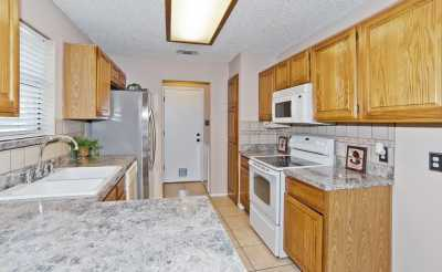 Sold Property | 2127 Reverchon Drive Arlington, Texas 76017 10