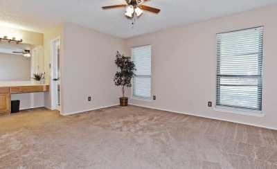 Sold Property | 2127 Reverchon Drive Arlington, Texas 76017 12