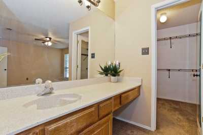 Sold Property | 2127 Reverchon Drive Arlington, Texas 76017 20